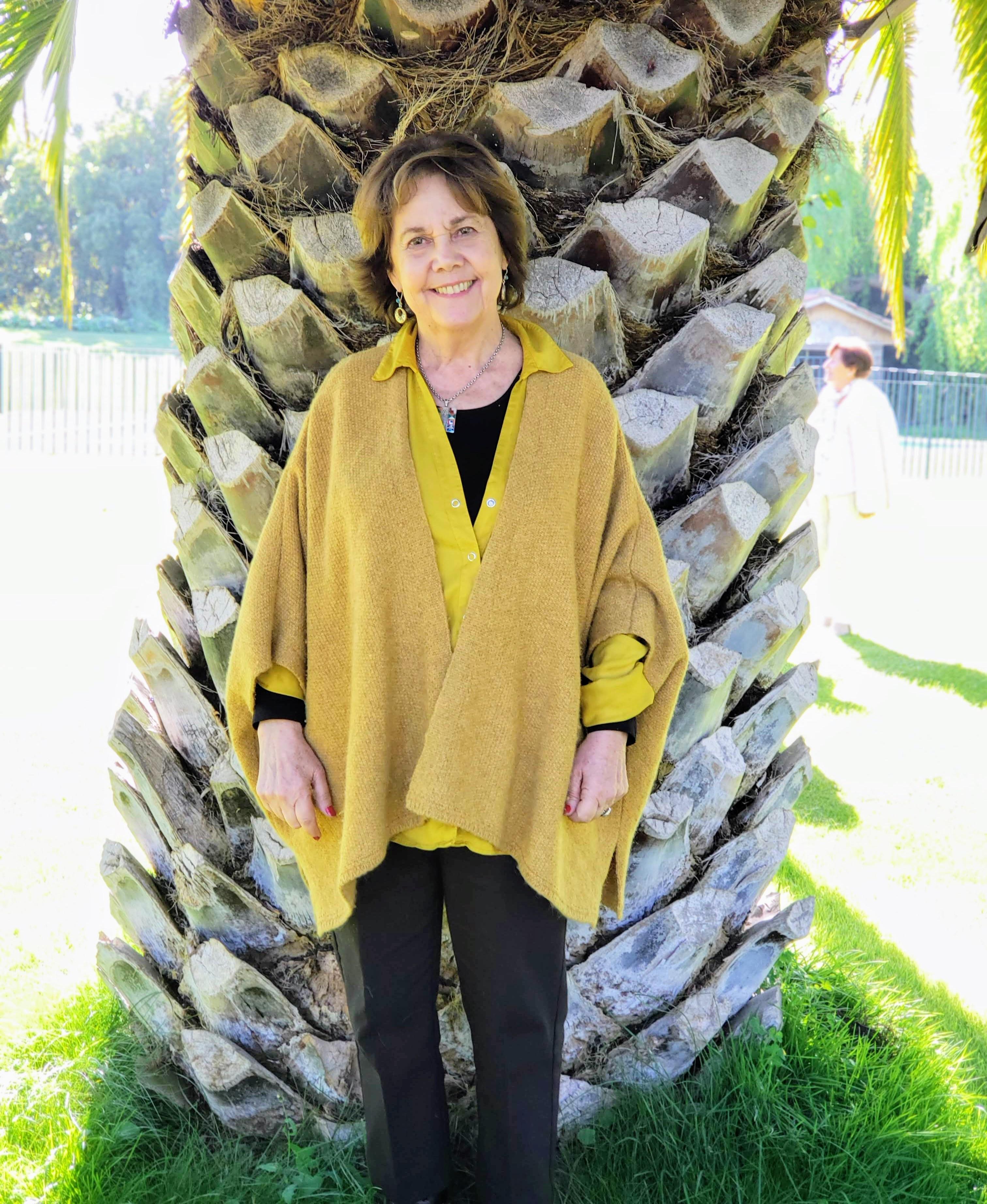 Carmen Cruz Fabres, Chile – Profesora y Empresaria