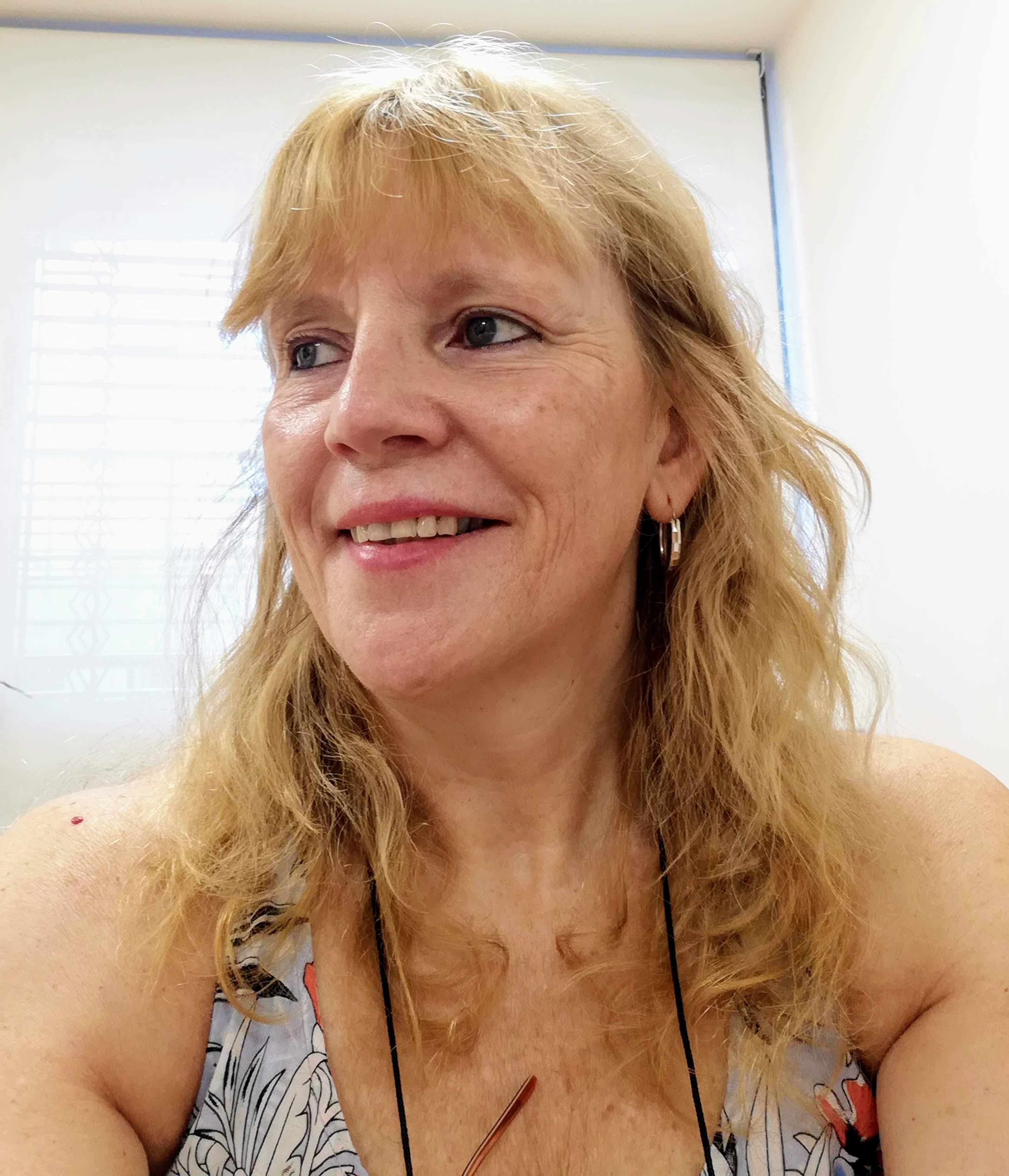 Silvia Dittler, Argentina – Directiva y Gerente en Educación